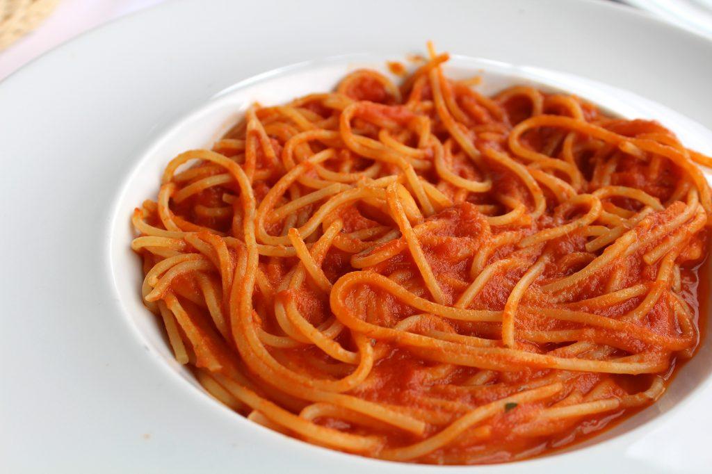 Spaghetti ao sugo.
