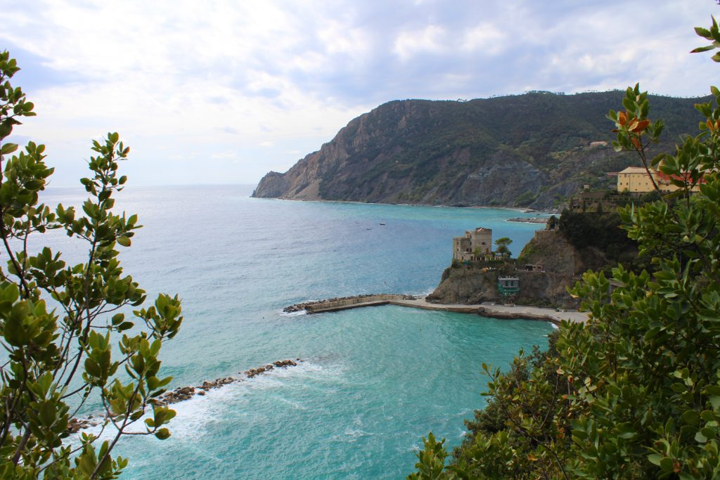 Trail from Vernazza to Monterosso.
