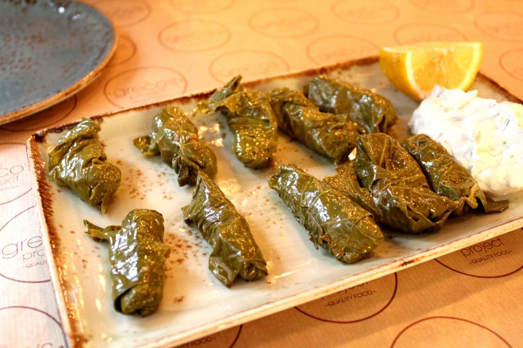 Dolmades gialantzi - Stuffed vine leaves